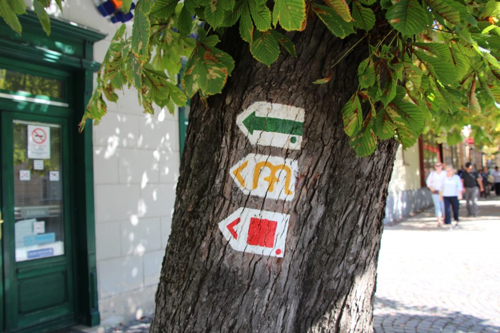 turistajelzések Sümegen