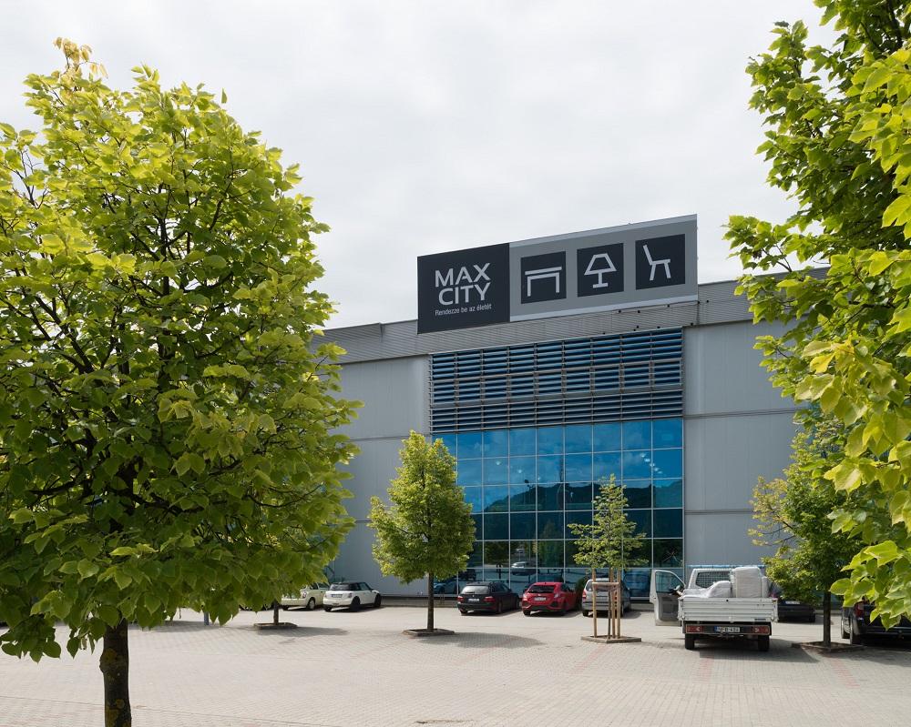 MaxCity kutyabarát bevásárlóközpont